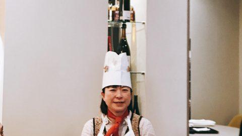 第二回パリ日本文化体験ツアーの締めくくりは、狂言の小笠原先生絶賛の予約の取れないというオーガニックレストランへ。