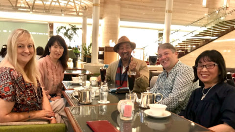 NLPマスタートレーナーのピーターご夫妻とインディ中西さんに2年ぶりにお会いしました。