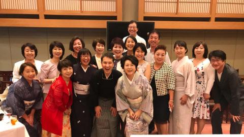 東京国立能楽堂で、和泉流狂言関西支部長小笠原先生主催の延年の会がありました。