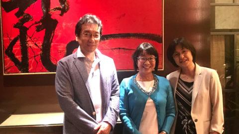 ギリガン博士の講座で浜松町に来たので、お会いしたいなと願っていた湯ノ口ご夫妻とご一緒できました❣️